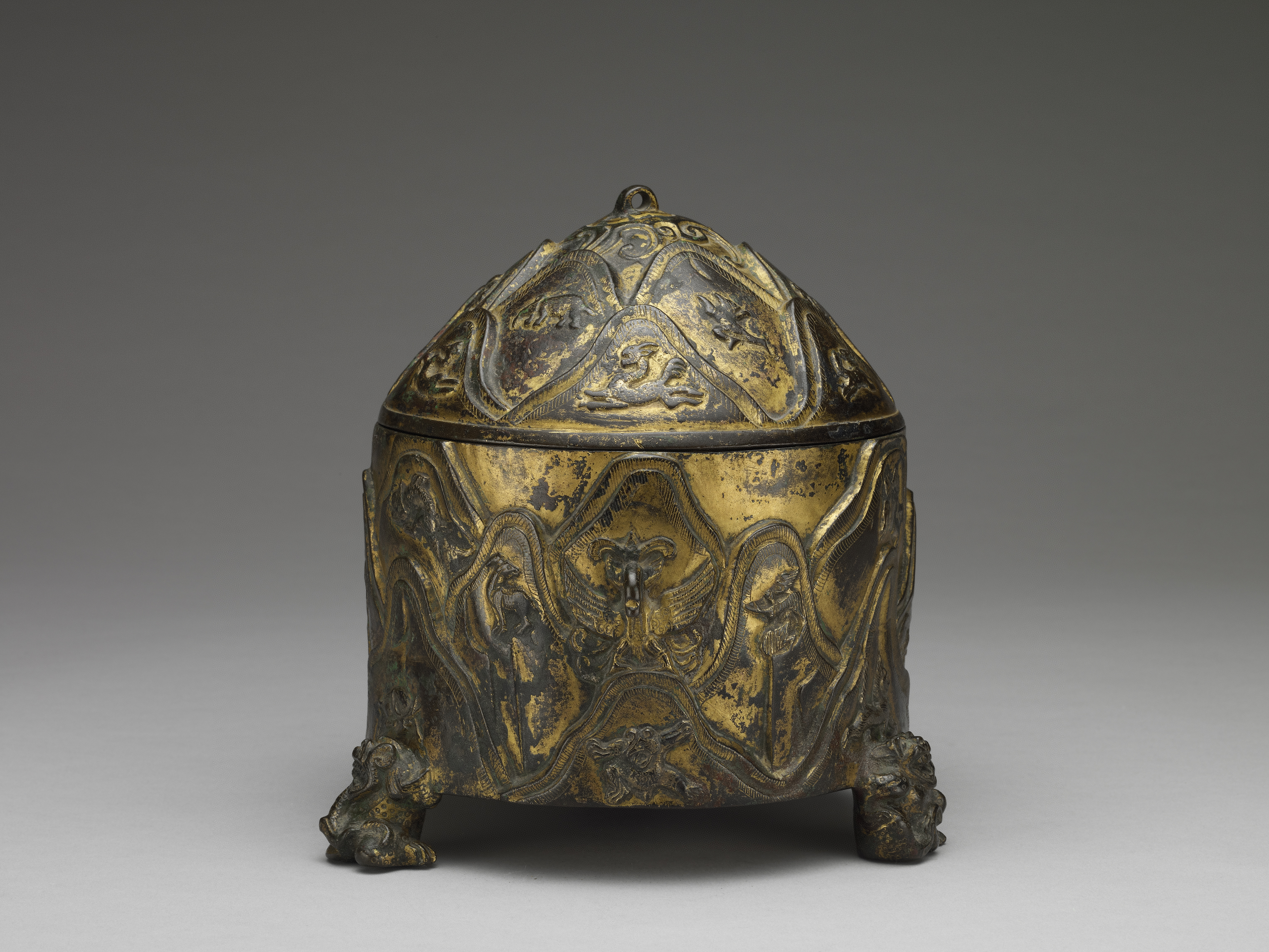 銅鎏金山紋獸足樽