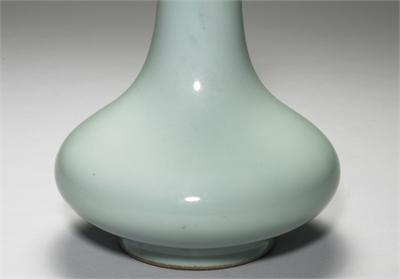 清 乾隆 青釉長頸瓶