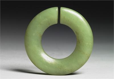 新石器時代晚期 耳飾玦
