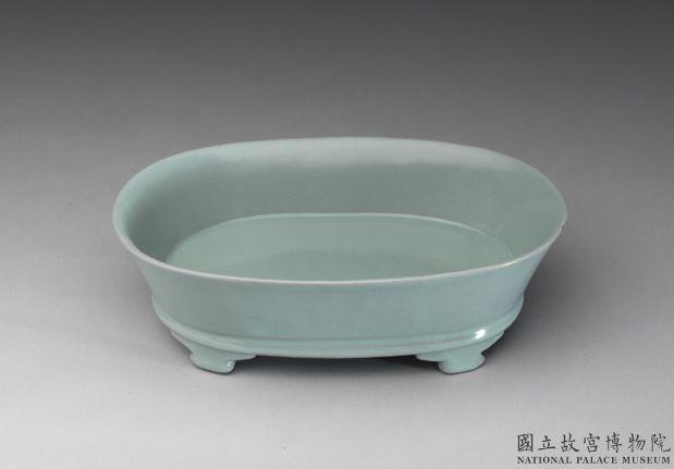 北宋 汝窯 青瓷無紋水仙盆