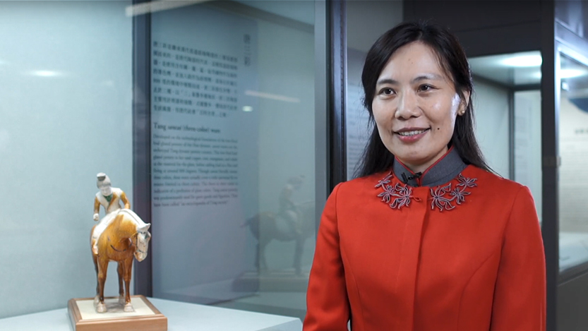 Volunteer Docent|Pottery figure of a lady playing polo game in sancai tri-color glaze