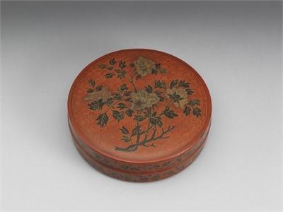 填漆牡丹圓盒