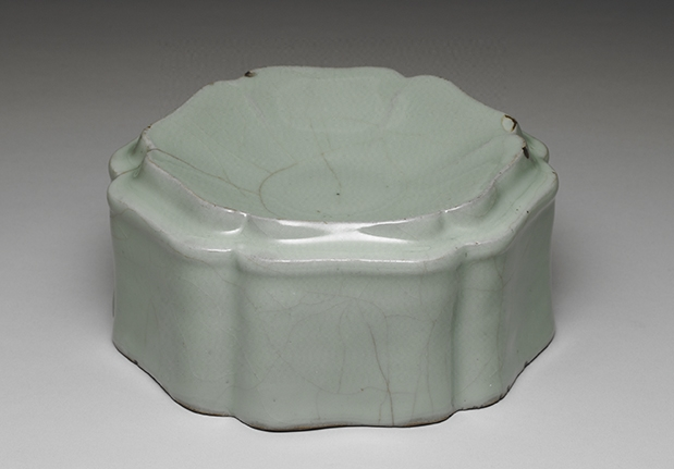 Kuan Ware Celadon Washer in the Shape of a Hibiscus