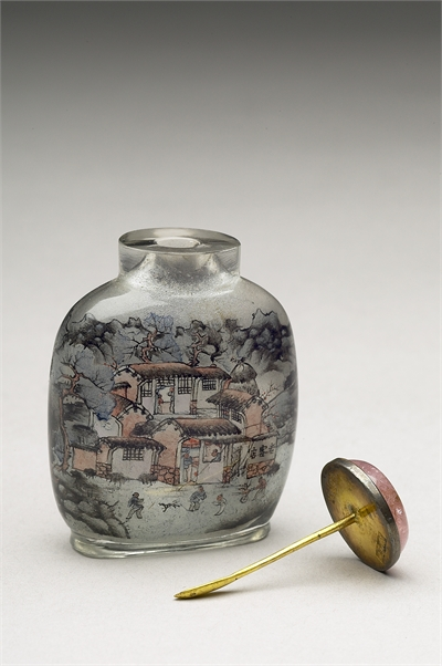 Glass Inside-Painted Snuff Bottle with a Traveling Scene